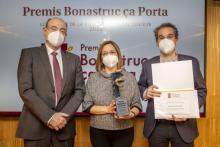 D'esquerra a dreta, els doctors Josep Vilaplana, president del COMG, Carme de Castro i Pep Figa