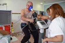 Pruebas de esfuerzo en pacientes con cáncer de pulmón para determinar si resistirán una operación